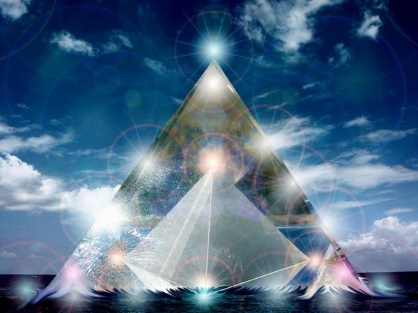 piramida-v-piramide