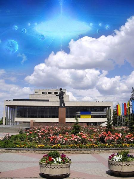 ukrainskij-teatr-dramy-i-muzkomedii-lenin