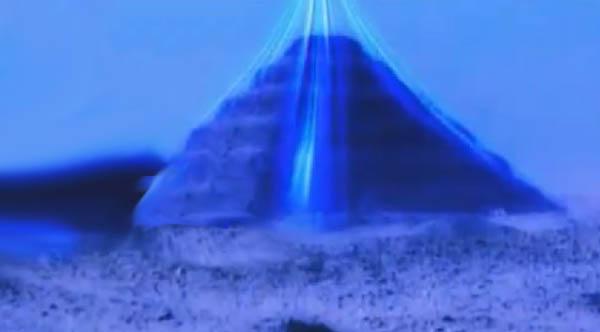 piramida-pod-vodoy