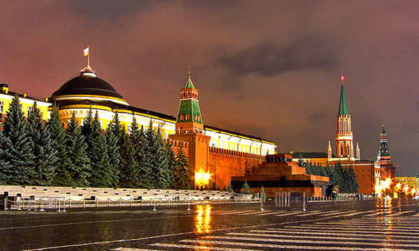 kreml-krasnaja-ploshhad-mavzolej