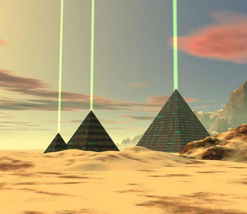 piramidy-tri-luchi