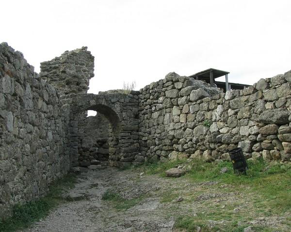 demerdzhi-krepost-ostatki